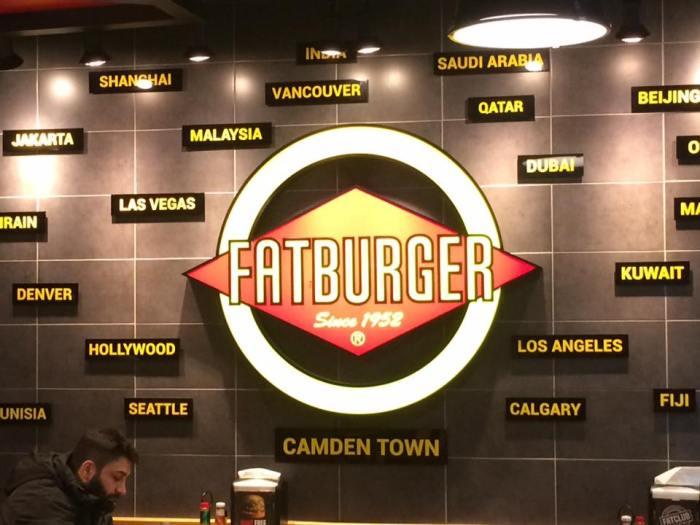 fat-burger-9